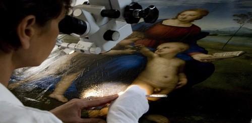 Microscopio para Restauracion y Conservacion de pinturas