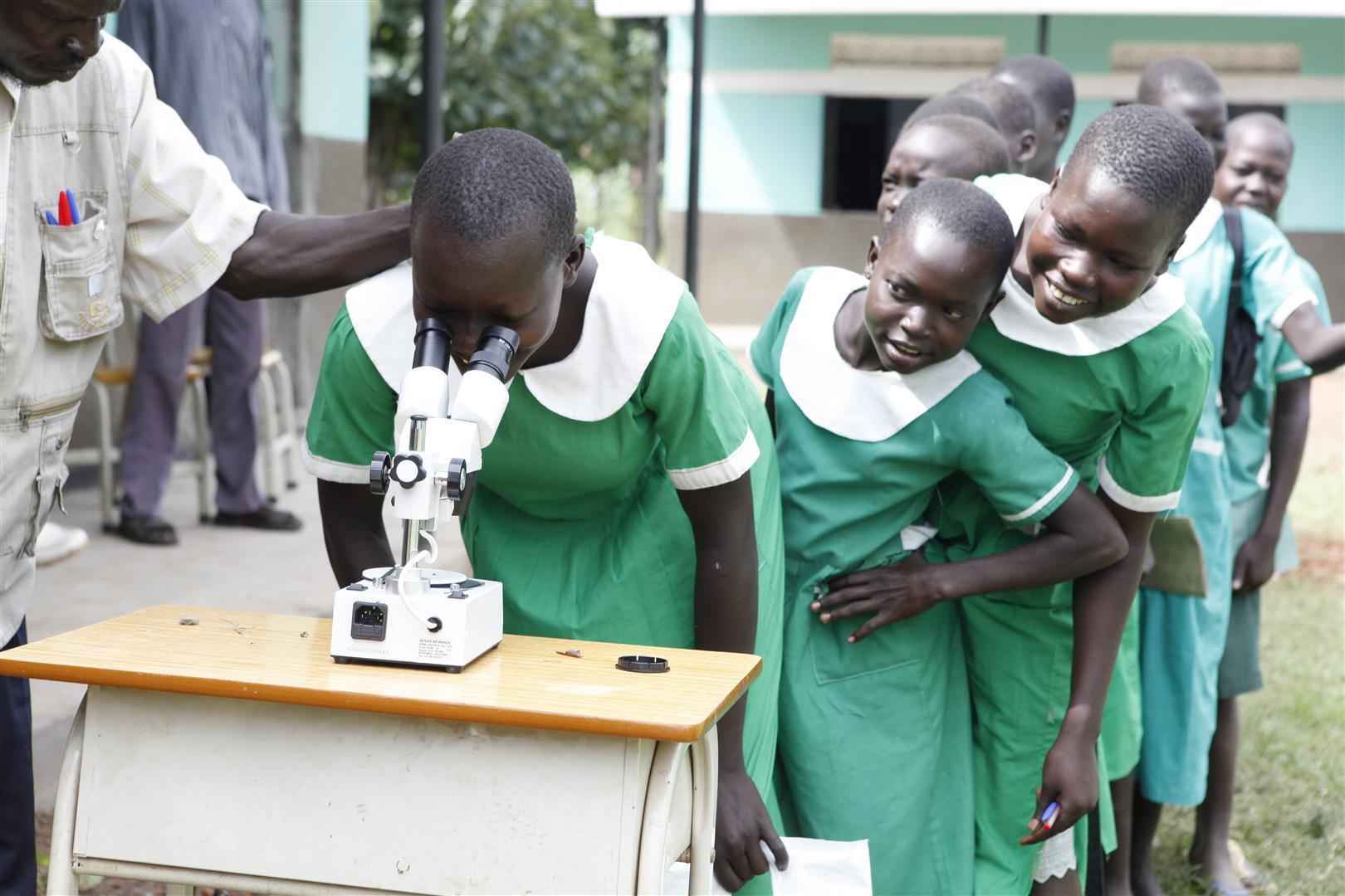 responsabilidad social tiendamicroscopios africa